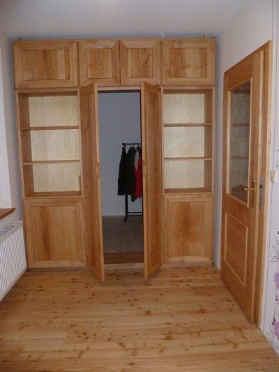 tischlerei naumburg individueller begehbarer kleiderschrank buche massiv vollholztischlerei. Black Bedroom Furniture Sets. Home Design Ideas